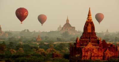 The magic of hot air ballooning in Bagan